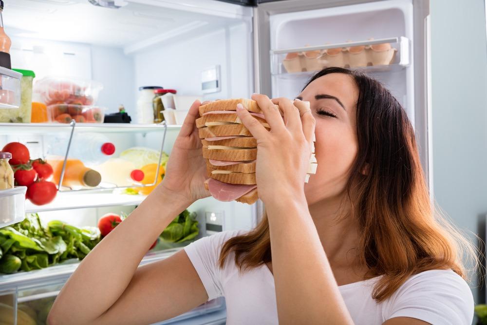 ¿Qué es el hambre emocional y cómo superarlo?